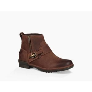 NWT UGG Cheyne Ankle Boot in Coconut Shell Size 9
